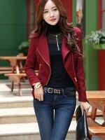 (สินค้าหมด) เสื้อสูทแฟชั่น เสื้อสูทผู้หญิง สีไวน์แดง แบบซิปรูด แต่งระบายชายเสื้อด้านหลัง