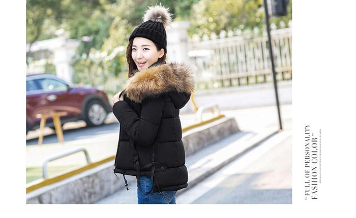 เสื้อกันหนาวผู้หญิงแฟชั่นเกาหลี สีดำ แจ็คเก็ตมีฮู้ด พร้อมเฟอร์ขนสัตว์ ชายเสื้อเล่นระดับ ดีไซน์เก๋ๆ