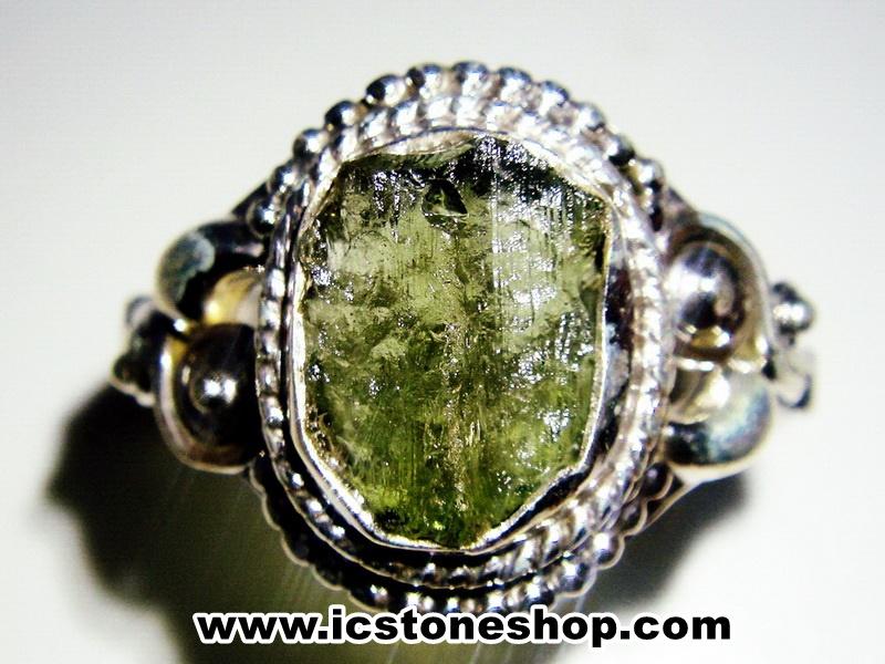 ▽สะเก็ดดาวโมดาไวท์ MOLDAVITE -แหวนเงินแท้ 925 (ขนาดแหวนเบอร์ : 59,3.5g)