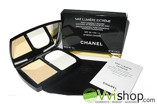 Chanel Perfection Lumiere Extreme Long-Wear And Pore Minimizing Powder Foundation SPF25 PA+++ # 20 ผิวขาวกลางๆ แป้งสุดฮิต (ขนาดปกติ In box)