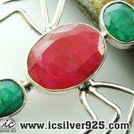 ▽ทับทิมและมรกต Ruby & Emerald-จี้เงินแท้ 925 ทรงแมงมุม (5.2g)
