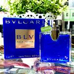 BVLGARI BLV Pour Homme EDT 5 ml. มีกลิ่นอ่อนหวานของดอกใบยาสูบที่จะช่วยสร้างสัมผัสกลิ่นที่น่าอัศจรรย์