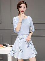 ชุดทำงานออฟฟิศสวยๆสไตล์เกาหลี เชตสองชิ้น เสื้อสีฟ้า + กระโปรงสั้นลายดอกไม้ ลุคสวย สดใส