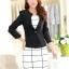เสื้อสูททำงานผู้หญิง สีดำ คอจับจีบ แขนยาว กระดุม 1 เม็ด เอวเข้ารูป แต่งกระเป๋าหลอก ผ้าโพลีเอสเตอร์ มีซับใน ไซส์ L thumbnail 4