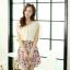 ชุดเดรสสั้นแฟชั่นเกาหลี สีเบจ กระโปรงลายดอกไม้สดใส เอวยืด มีสายผูกเอวน่ารักเก๋ๆ ผ้าชีฟอง ซับใน thumbnail 9
