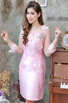 ชุดเดรสสวยหรูออกงานสีชมพู