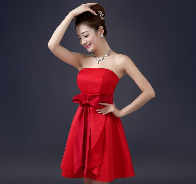 ชุดราตรีสั้น สีแดง เกาะอก ผูกโบว์ด้านหน้า ชุดใส่ไปงานแต่งงาน ออกงาน งายบาร์เนียร์