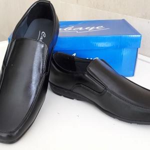 รองเท้าคัทชูชายCabaye [CA602]