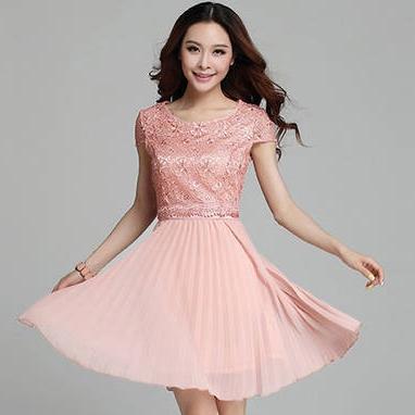 ชุดไปงานแต่งงาน/ชุดออกงานสีส้มโอรส เสื้อลูกไม้สีแขน เย็บต่อด้วยกระโปรงพลีทผ้าชีฟอง แนวสวยหวาน เรียบๆ สวยดูดี