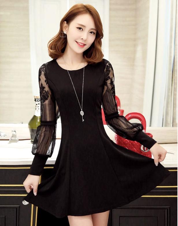 ชุดเดรสสั้นสีดำ แขนยาวลูกไม้ ลุคสวย น่ารัก แฟชั่นเกาหลี