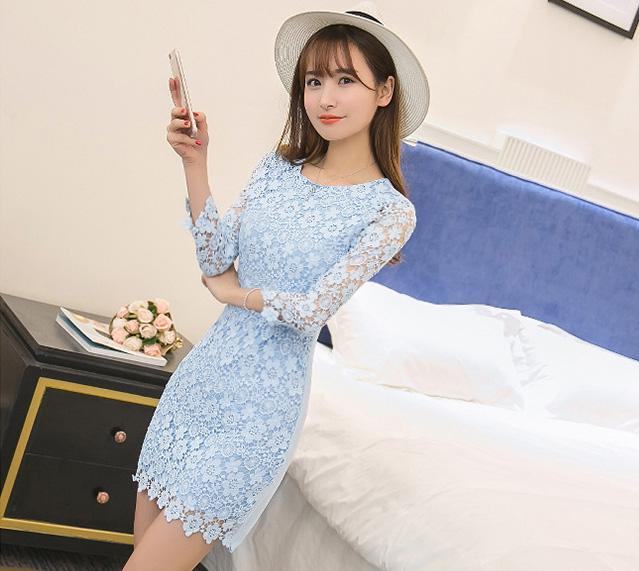 ชุดเดรสลูกไม้สีฟ้า เข้ารูป แขนยาว แฟชั่นสไตล์เกาหลีสวยๆ น่ารักๆ