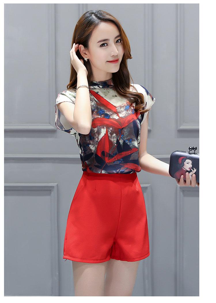 ชุดเซ็ท2ชิ้นเข้าชุดโทนสีแดง เสื้อแขนกุดพิมพ์ลายสวยๆ+กางเกงขาสั้นสีแดง