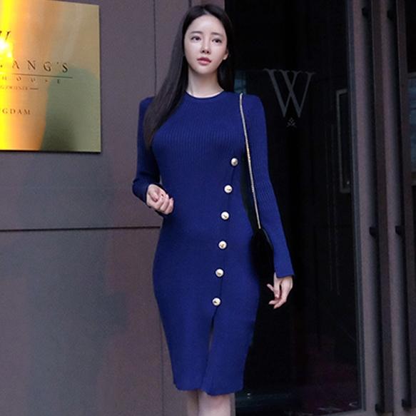 ชุดเดรสสั้นสีน้ำเงิน เข้ารูป แขนยาว แนวสวยเก๋ เรียบๆ สวยสง่า