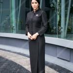 ใหม่ สุคนธวา ในชุดไทยจิตรลดาสีดำ