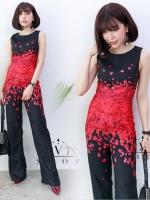 จั๊มสูทขายาวสีดำ พิมพ์ลายกลีบดอกกุหลาบแดง แนวสวยเก๋ สวยดูดี