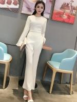 ชุดเซ็ทแฟชั่นสีขาวอมเบจอ่อนๆ เสื้อแขนยาว + กางเกงขายาวทรงกระบอก แนวเรียบๆ สวยดูดี