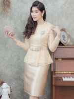 ชุดออกงานสีทอง SET เสื้อ-กระโปรง แนวเรียบหรู สวยสง่า สไตล์ผู้ใหญ่ เหมาะสำหรับใส่ออกงาน ไปงานแต่งงาน ชุดถือขันหมาก ชุดแม่บ่าวสาว