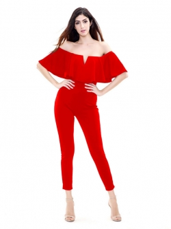 จั๊มสูทกางเกงขายาวสีแดง เกาะอก กางเกงทรงขาเดฟ