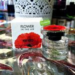 KENZO Flower In The Air EDP 4 ml. ให้ความรู้สึกถึงความหวาน โรแมนติกนุ่มนวล ชวนฝัน ราวกับหญิงสาว ที่สดใส อ่อนโยน ในเทพนิยาย