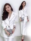 ชุดสูทสีขาวสวยหรูสไตล์สาวออฟฟิศสุดเท่ set เสื้อสูทติดขลิบดำ มาพร้อมกางเกง 7 ส่วน