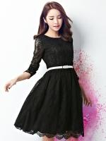ชุดเดรสลูกไม้สีดำ แขนยาว กระโปรงทรงบาน แฟชั่นสาวออฟฟิศ ลุคเรียบร้อย สวยหวาน ดูดี