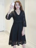 ชุดเดรสลูกไม้สีดำ คอวี มีแขน กระโปรงฟรีไซส์ แนวเรียบร้อย สวยหวาน น่ารักๆ แฟชั่นสวยๆ สไตล์เกาหลี ใส่ได้หลายโอกาส