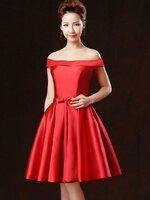 ชุดเดรสออกงาน/ชุดไปงานแต่งงานสีแดง เปิดไหล่ ผ้าไหมอิตาลี สวยๆ เรียบ หรู